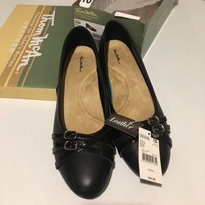 Size 10 Black Leather Shoes